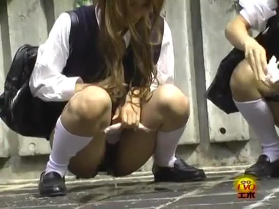 JK_野ション_おしっこ_連れション_盗撮_adaruto動画04