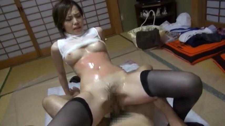 デリヘル嬢_本番_着衣セックス_adaruto動画04