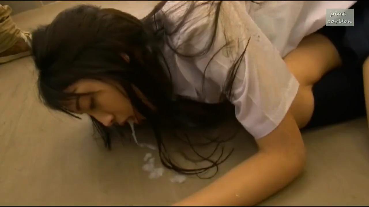 ゲリラ豪雨_濡れた女子校生_電車痴漢_adaruto動画04