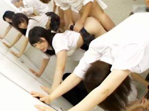 【JK乱交中出しadaruto動画】学校内ならレイプが合法化!?憧れの可愛い女子校生を女子トイレで強姦する男子生徒ww