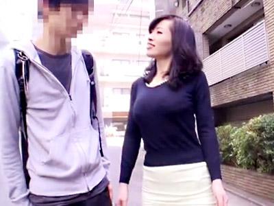熟女_逆ナンパ_童貞中出し_adaruto動画