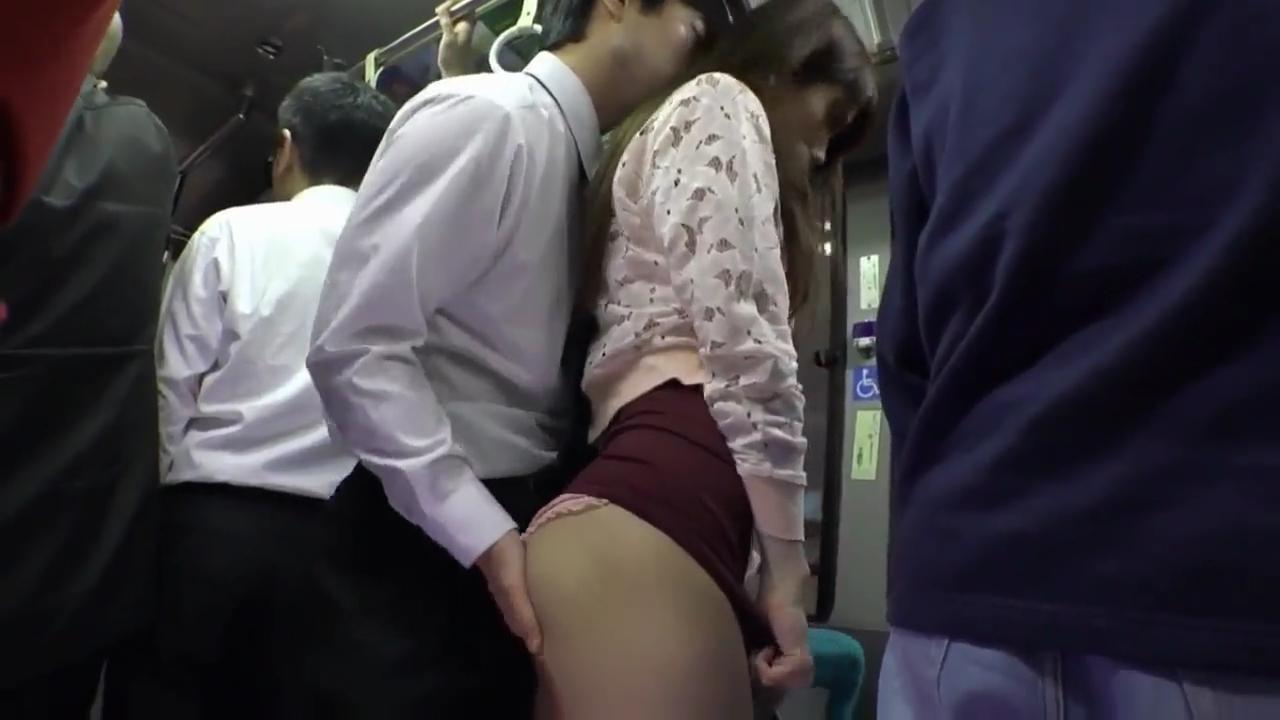 人妻_痴漢_デカ尻_バス_adaruto動画01
