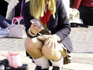 【パンチラ盗撮adaruto動画】ディズニーランドで浮かれてパンチラしている女子高生や素人ギャルたちを次々隠し撮りww