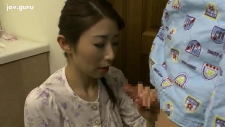叔母_甥_近親相姦_中出し_adaruto動画02