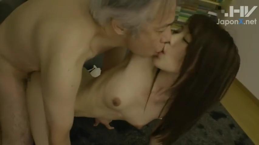 女子大生_中年男性_誘惑セックス_adaruto動画03