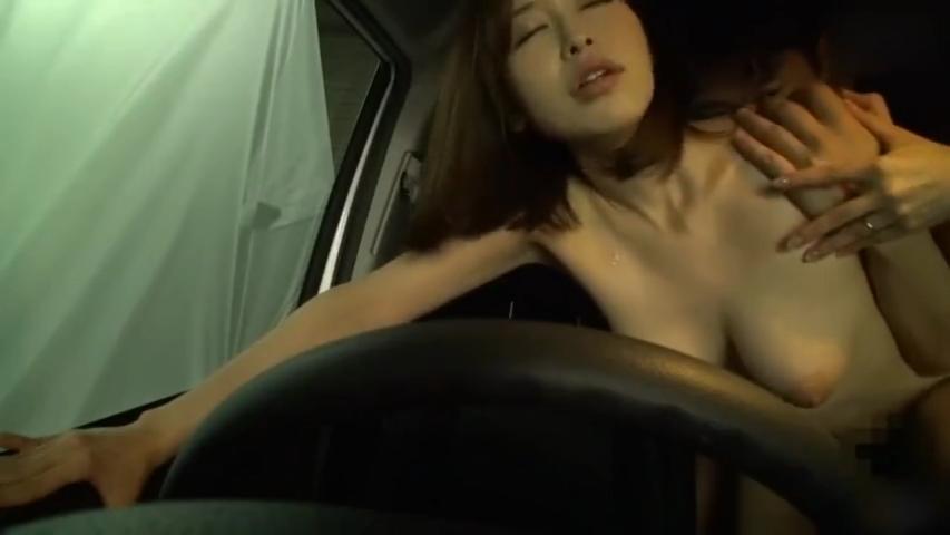 人妻_カーセックス_中出しセックス_adaruto動画04